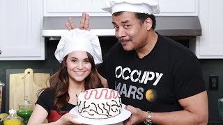 STAR TREK: VOYAGER CAKE - ft. Neil deGrasse Tyson - NERDY NUMMIES