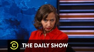 The Daily Show - 3/1/16 in :60 Seconds