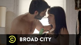 Broad City - To Peg or Not to Peg?