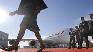 Iran Wants 'Air France' Female Flight Attendants To Cover Up