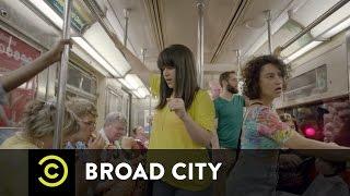 Broad City - Subway Encounters