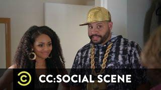 CC:Social Scene - The Perfect Profile Picture