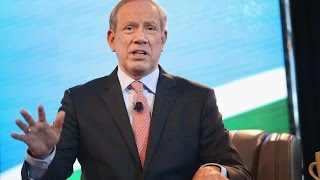 Republican George Pataki Wants 'Traitor' Ed Snowden Off Twitter