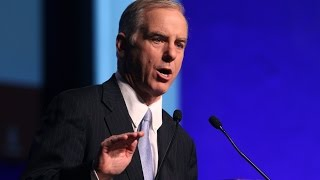 Corporate Sellout Howard Dean Wants To Lead The DNC