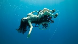 Deep sea diving ... in a wheelchair | Sue Austin