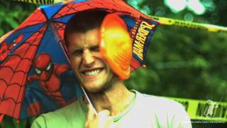 Water Balloon to the Face doesn't pop - Smarter Every Day