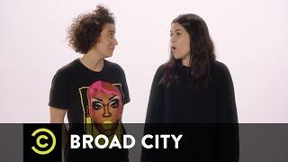 Broad City - Abbi and Ilana Are Back