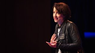 Megan Washington: Why I live in mortal dread of public speaking